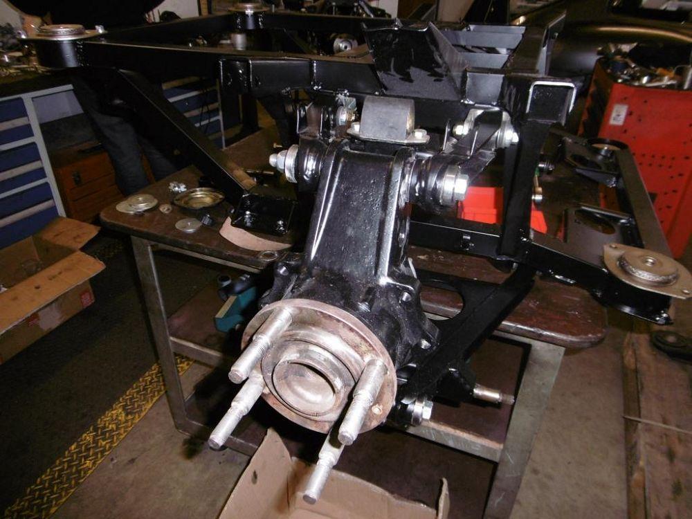hinterachse-maserati-khamsin-rear-axle-009