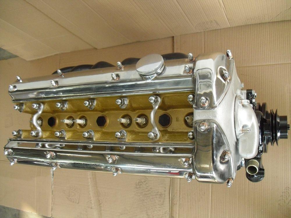 motor-revision-jaguar-engine-098