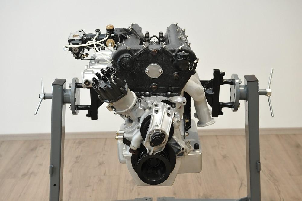motor-revision-maserati-6-cylinder-engine-003