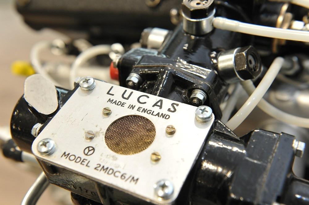 motor-revision-maserati-6-cylinder-engine-005