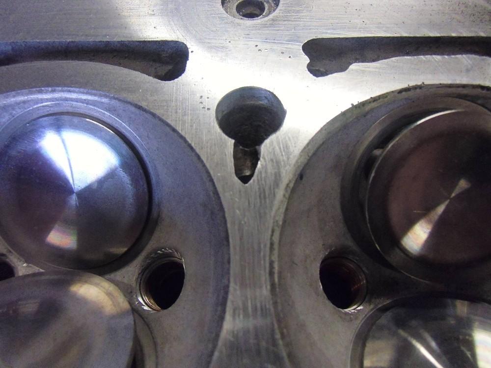 motor-revision-maserati-6-cylinder-engine-022