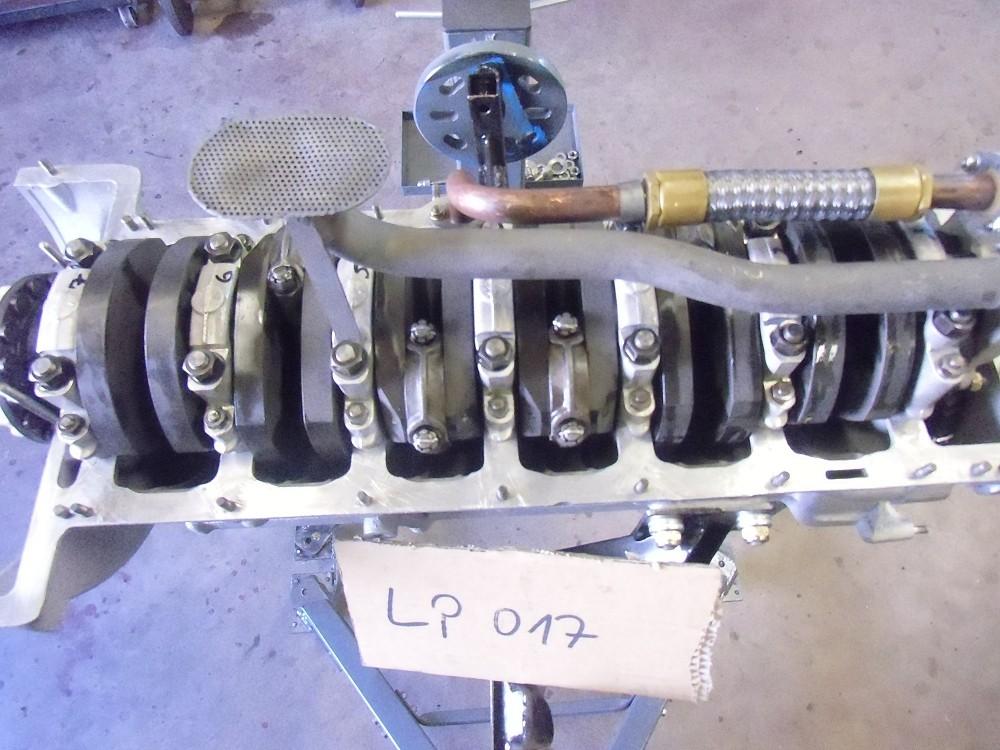 motor-revision-maserati-6-cylinder-engine-025