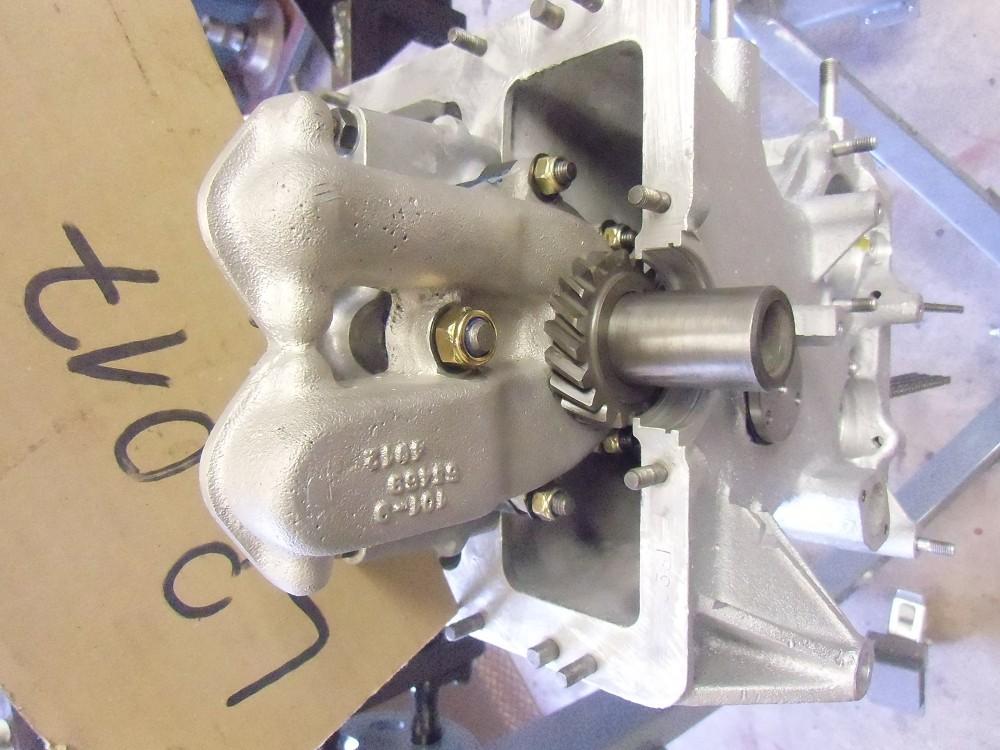 motor-revision-maserati-6-cylinder-engine-029