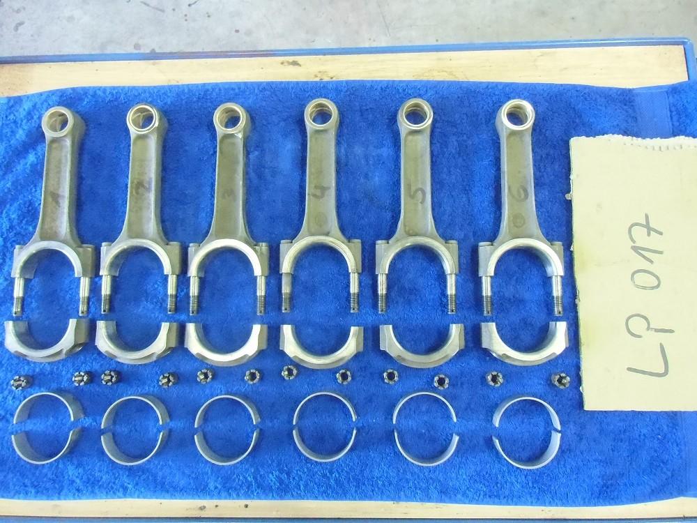 motor-revision-maserati-6-cylinder-engine-032