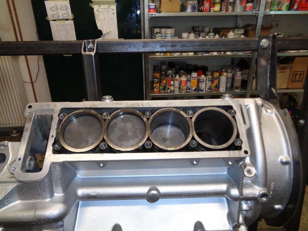 motor-revision-maserati-v8-engine-DSC01945-1