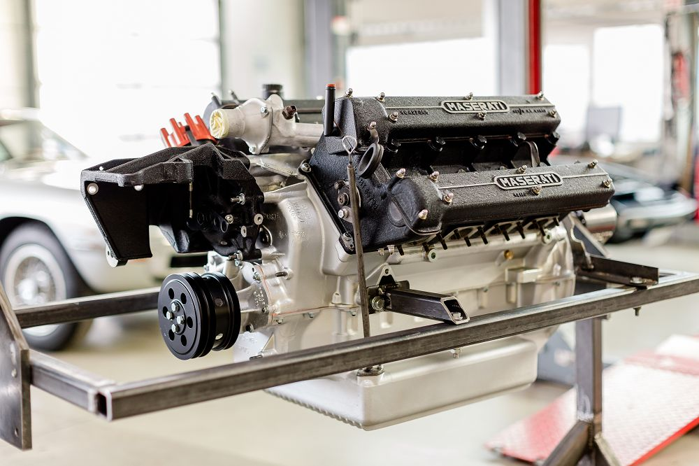 motor-revision-maserati-v8-engine-x20160915-0223