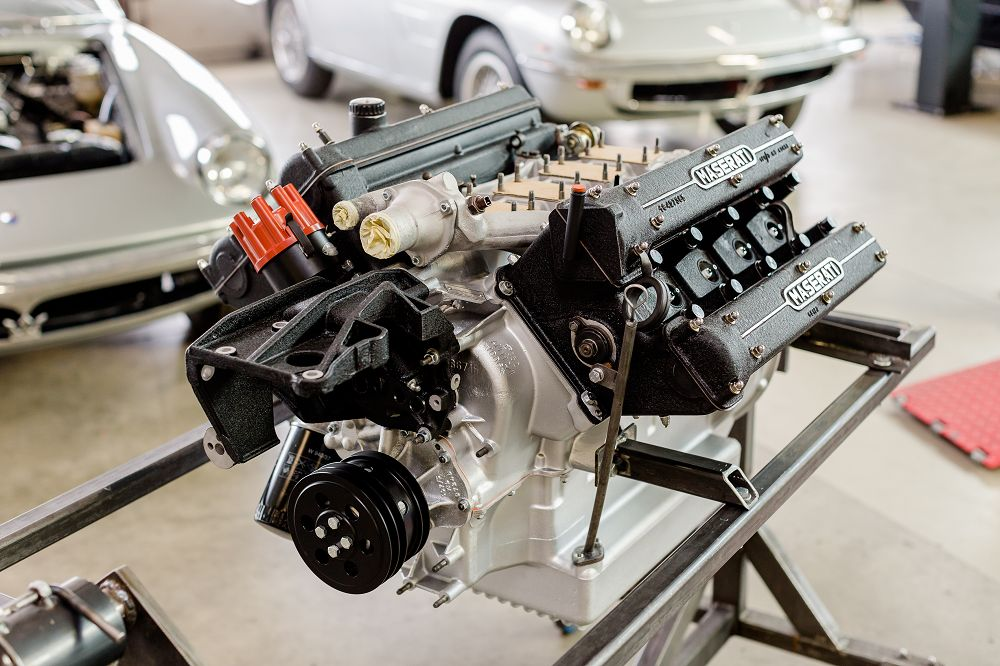 motor-revision-maserati-v8-engine-x20160915-0257
