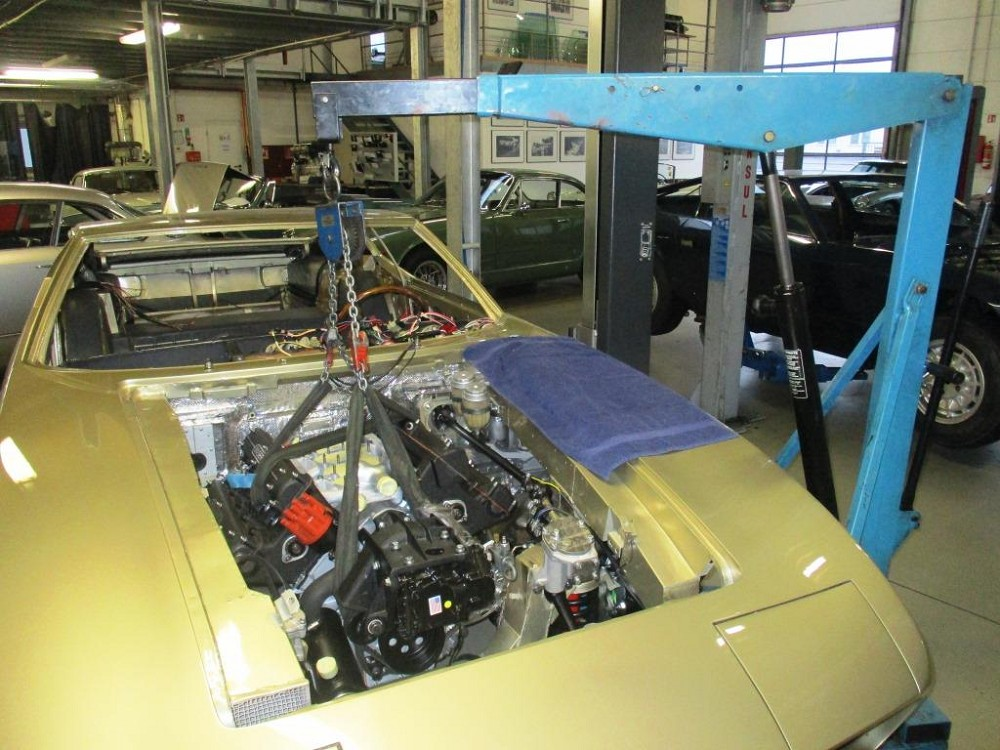 komplettierung-maserati-ghibli-am115-818-assembly-015
