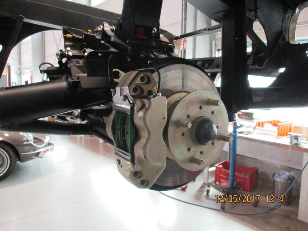 komplettierung-maserati-mexico-am112-1-1006-assembly-002