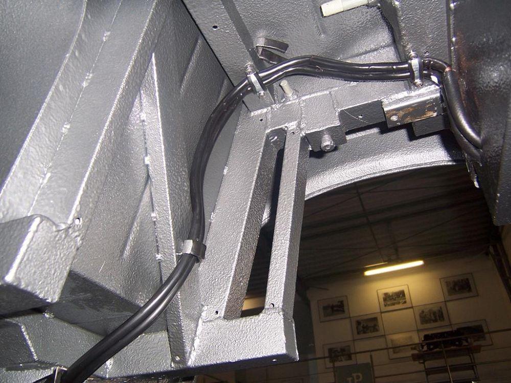 komplettierung-maserati-mistral-spyder-assembly-011