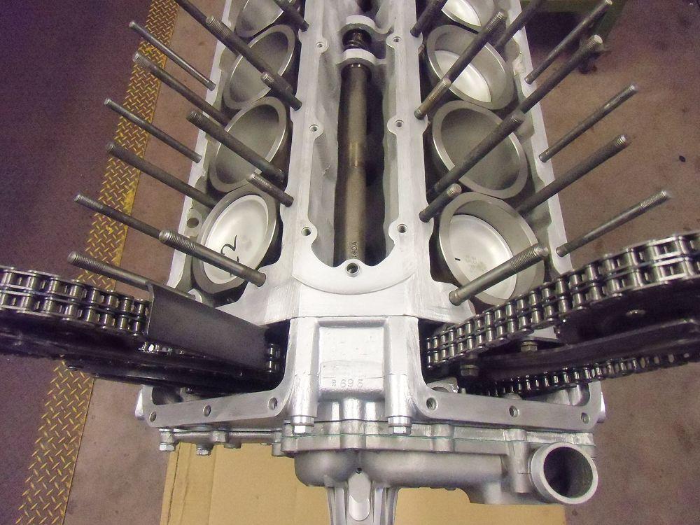 motor-revision-jaguar-v12-engine-009