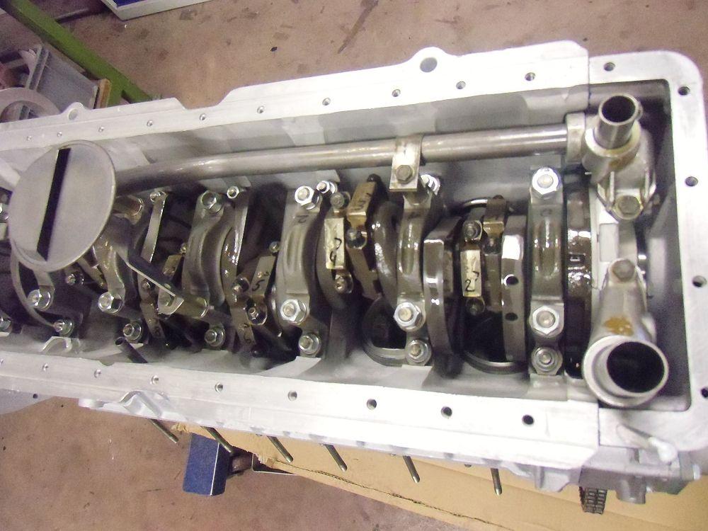 motor-revision-jaguar-v12-engine-011