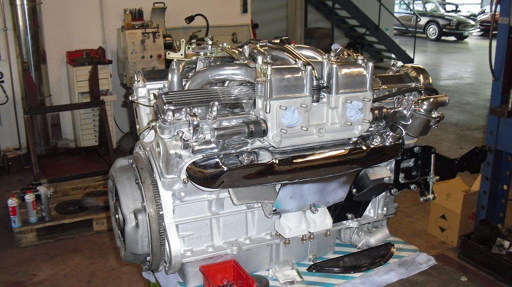 motor-revision-jaguar-v12-engine-016