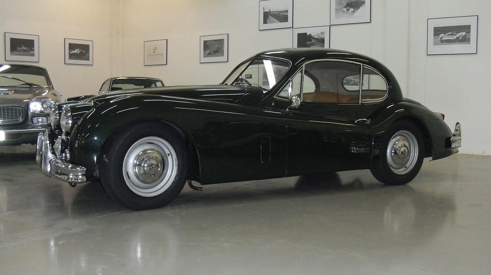 000galerie-jaguar-XK140