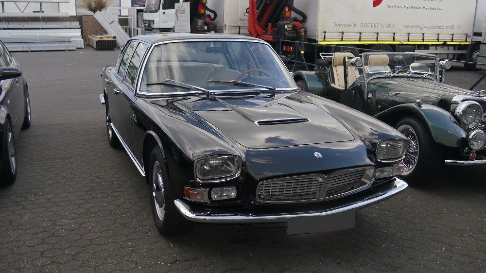 000galerie_Maserati_Quattroporte