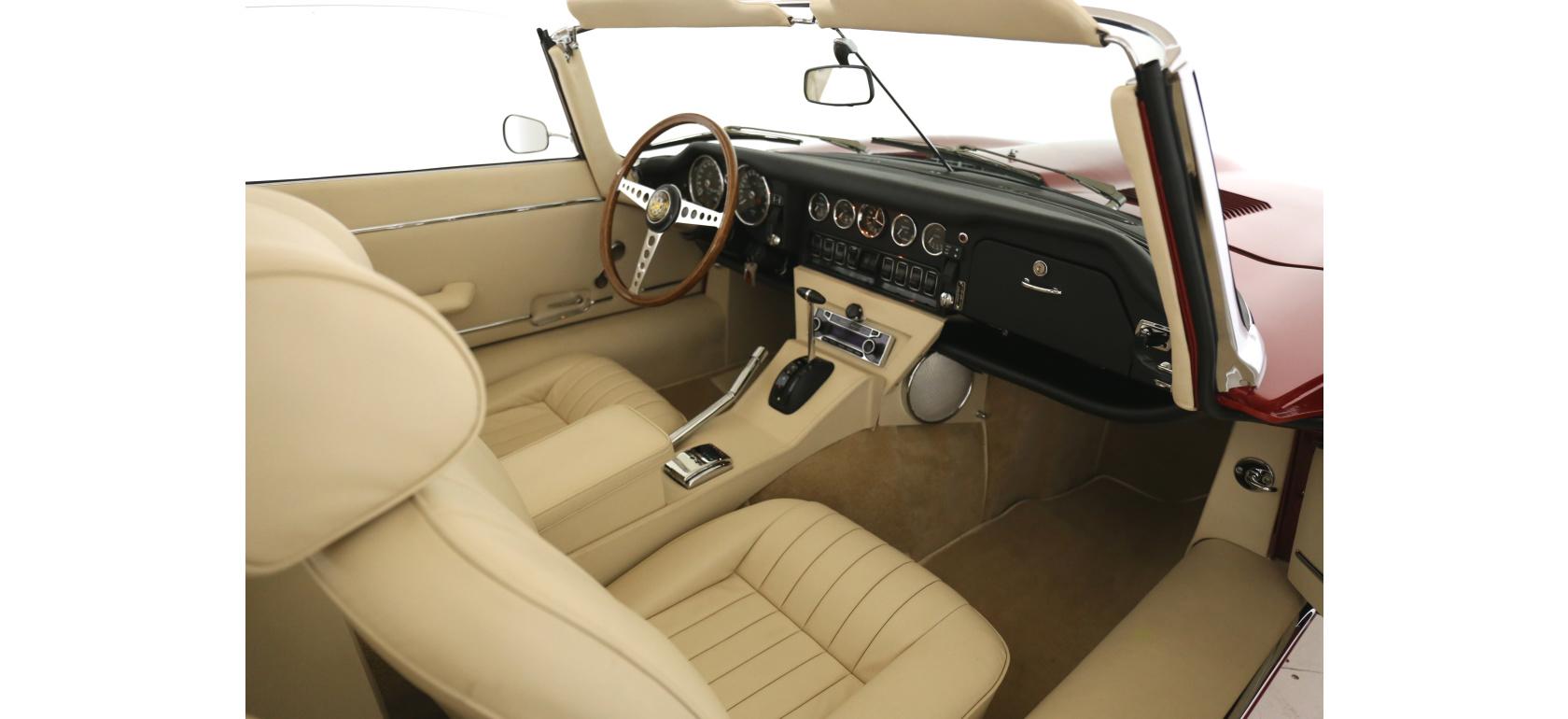 Jaguar_EV12_OTS_Interior_7