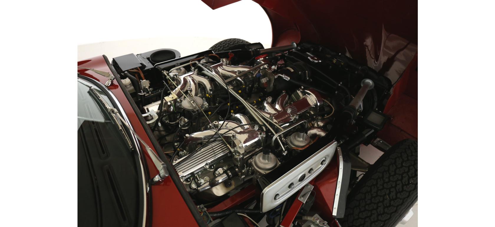Jaguar_EV12_OTS_engine_9