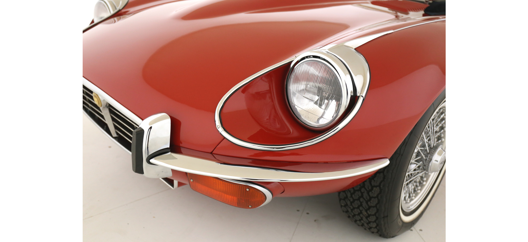 Jaguar_EV12_OTS_headlight_5