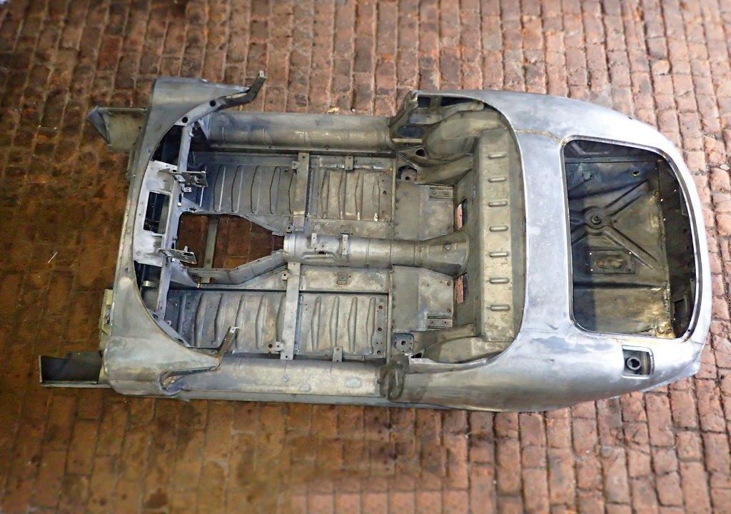Jaguar-EV12_Chassis_nach_Entlackung-1